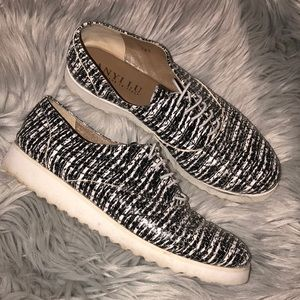 Anthro anyi lu 7.5 black white patterned loafer